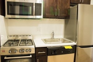 33rd St,Manhattan,NY,2 Bedrooms Bedrooms,1 BathroomBathrooms,Apartment,33rd St,3,1148