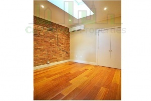 203 East 4th St,Manhattan,NY,3 Bedrooms Bedrooms,6 Rooms Rooms,2 BathroomsBathrooms,Apartment,East 4th St,1152